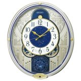 12星座が配された文字板が上質な存在感がある電波時計